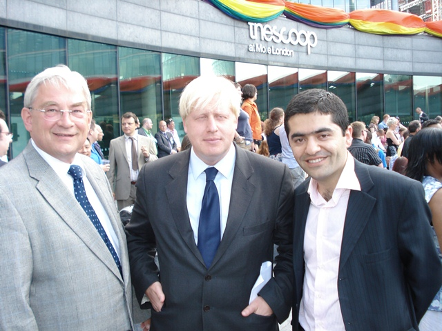 Award from the Mayor Boris Johnson to the Centre for Turkey Studies Director Ibrahim Dogus