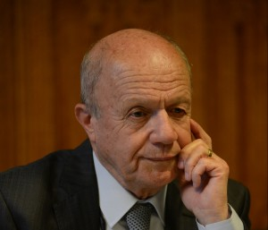 Dr Ismail Besikci
